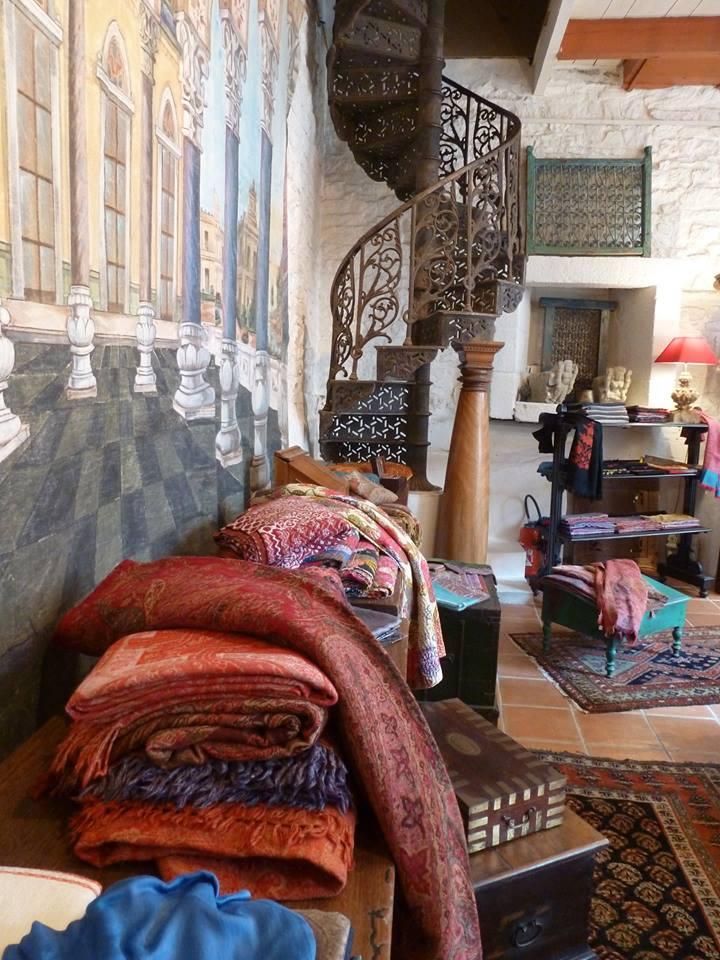 magasin de pont aven. Black Bedroom Furniture Sets. Home Design Ideas